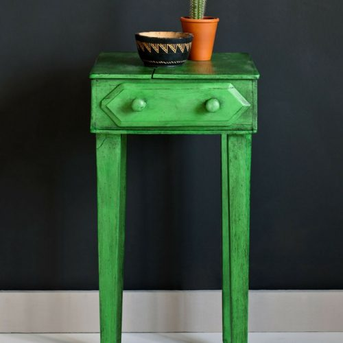 Antibes Green with black wax